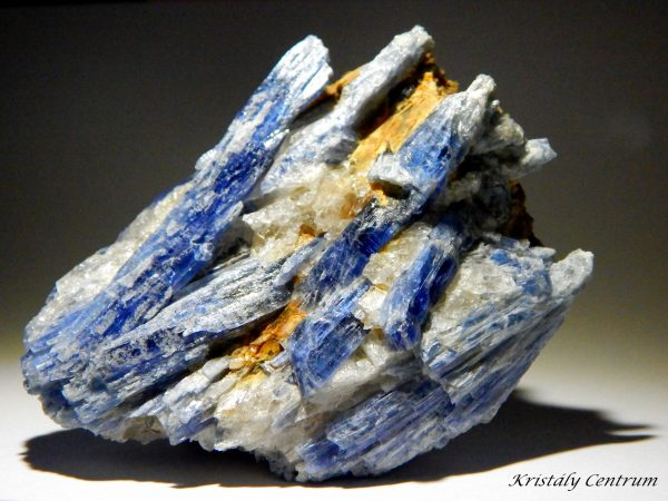 Kyanite - Barra do Salinas, Minas Gerais, Brazil