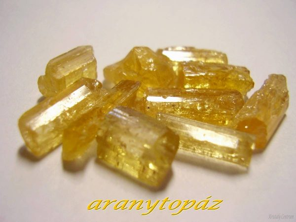 Arany (imperial) topáz Brazília